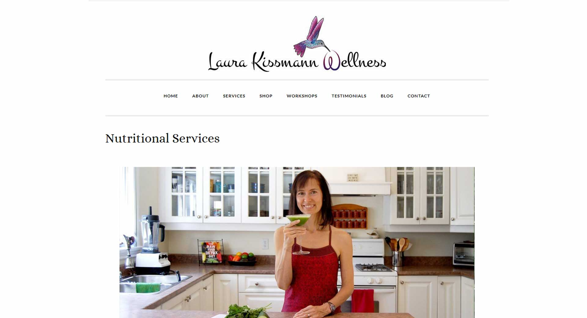 Website photography showing Laura Kissmann inviting people to experience the energy and joy of eating well.